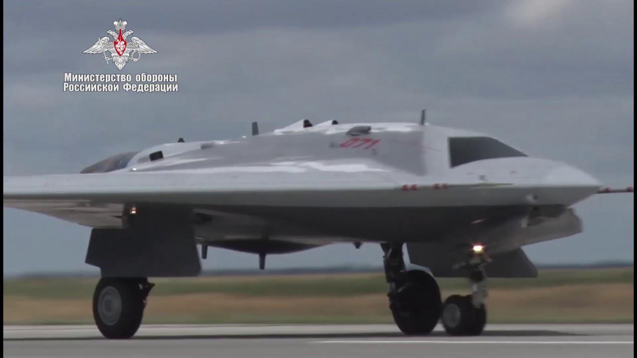 Russia orders S-70 Okhotnik 'Hunter' UAV deliveries accelerated to 2024   News   Flight Global