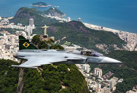 Бразильские ВВС Gripen E над Рио де Жанейро