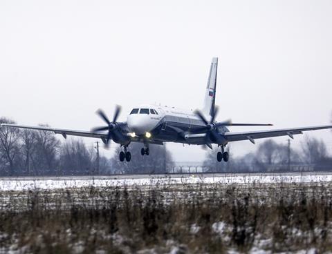 Il-114-300 ff3-c-Rostec