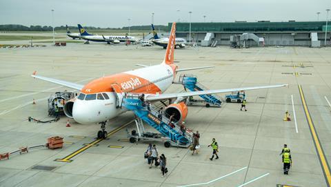 EasyJet aircraft disembarking
