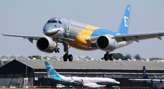 E190 E2 737 - James Mellon/FlightGlobal