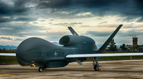 NATO RQ-4D Phoenix c NATO