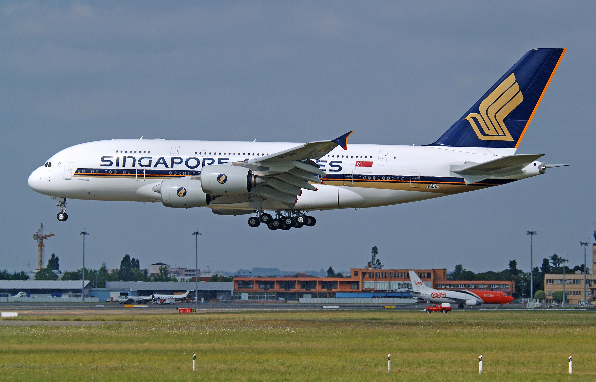 Singapore Airlines to slash 4,300 jobs across group as pandemic takes toll