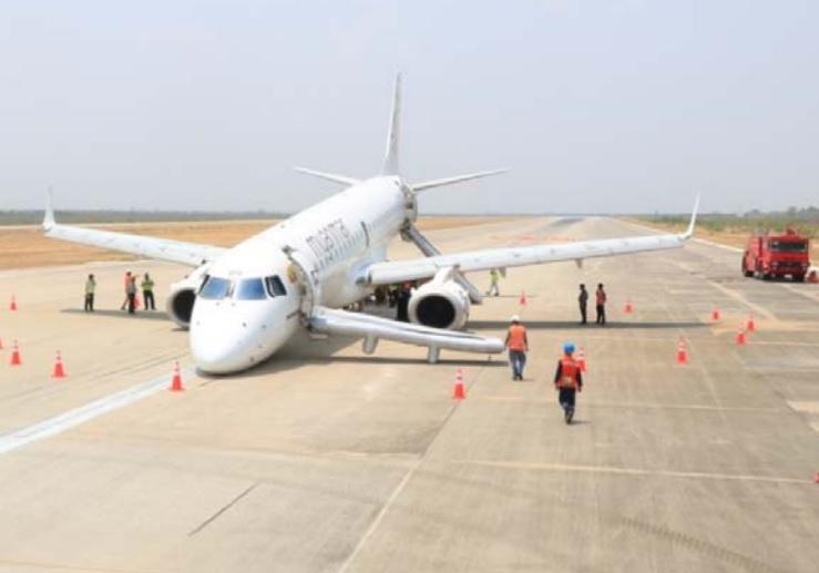 Myanmar E190 nose-gear jammed after poor maintenance