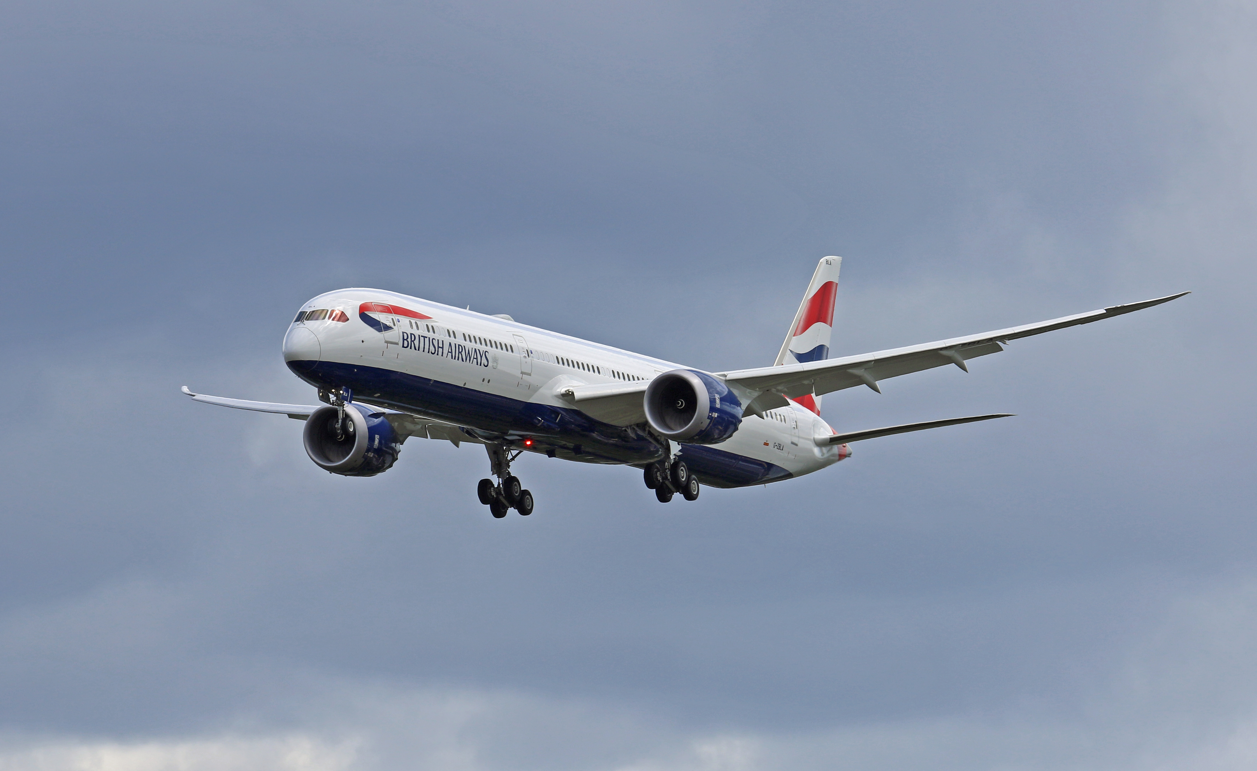 BA pilots vote on pay cuts and 'holding pool' to reduce job losses