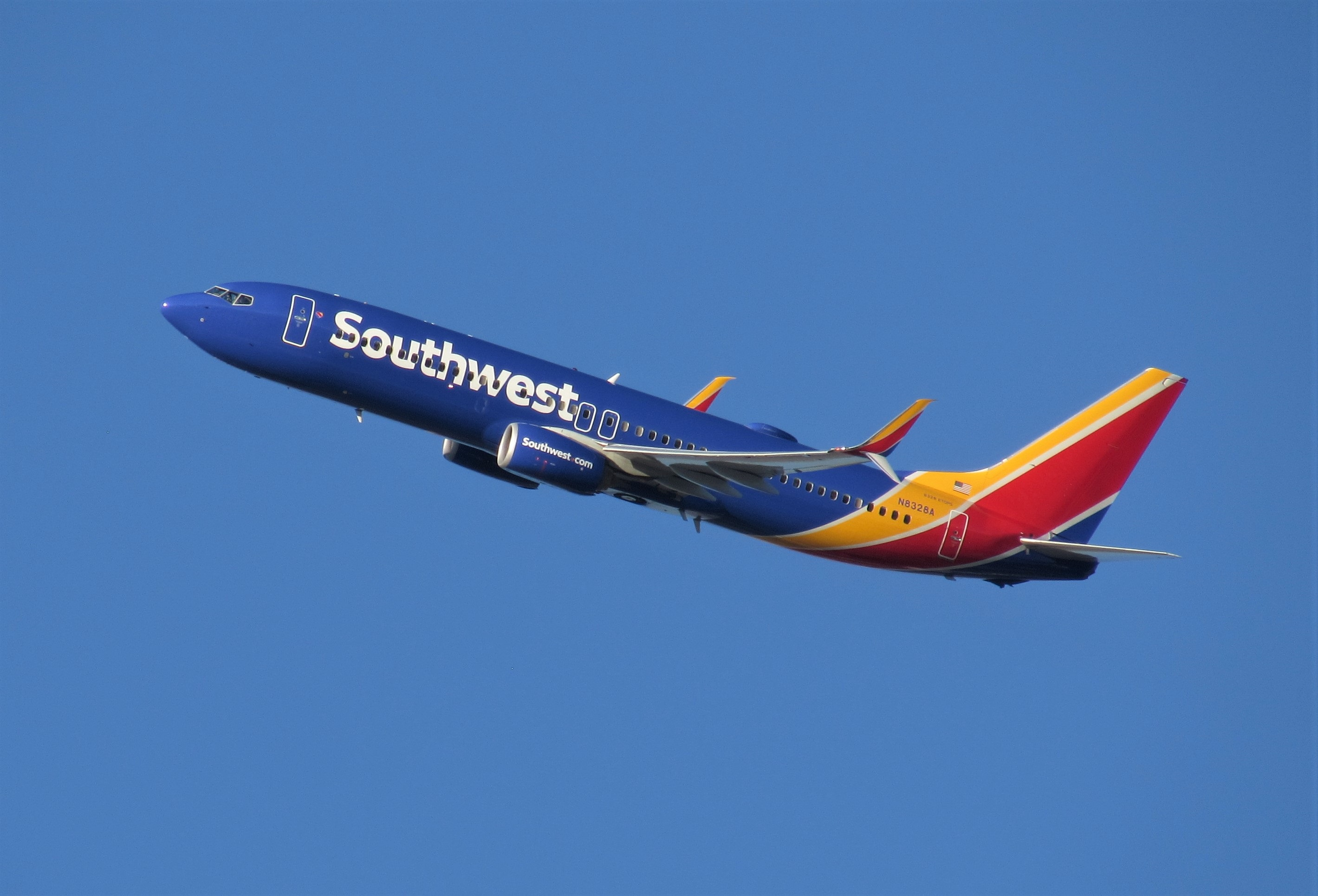 Max return lag may continue to enhance value of 737-800s